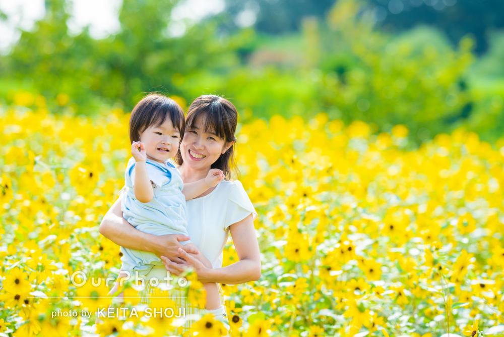 「写真がどれも素敵で感動」1歳お子さんとひまわり畑で親子フォトの撮影