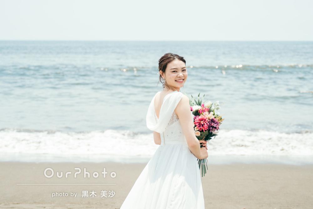 延期した結婚式、少しでも思い出作りを!海辺でのウェディング撮影に同行13