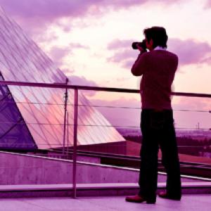 イギリス・ロンドン芸術大学(UAL)出身の写真家が代表! マーヴェリック社(北海道札幌市)